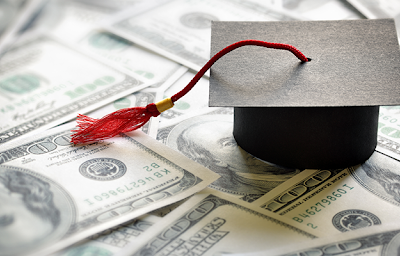 海外留学費用っていくらかかる?